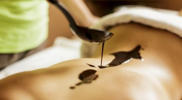 prezent dla przyjaciółki - masaż czekoladą