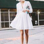 Must have: biała sukienka