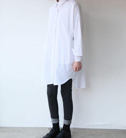 długa biała koszula modne stylizacje