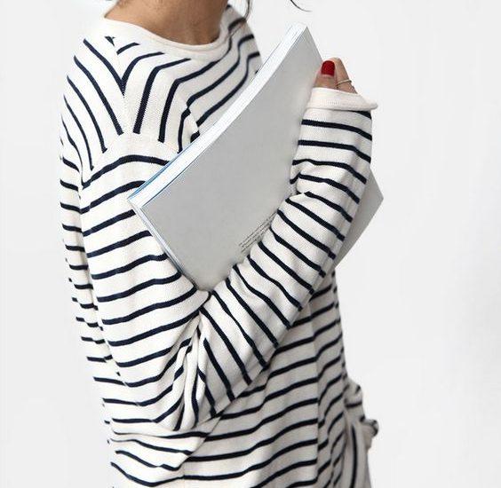 bluzka w paski stylizacje