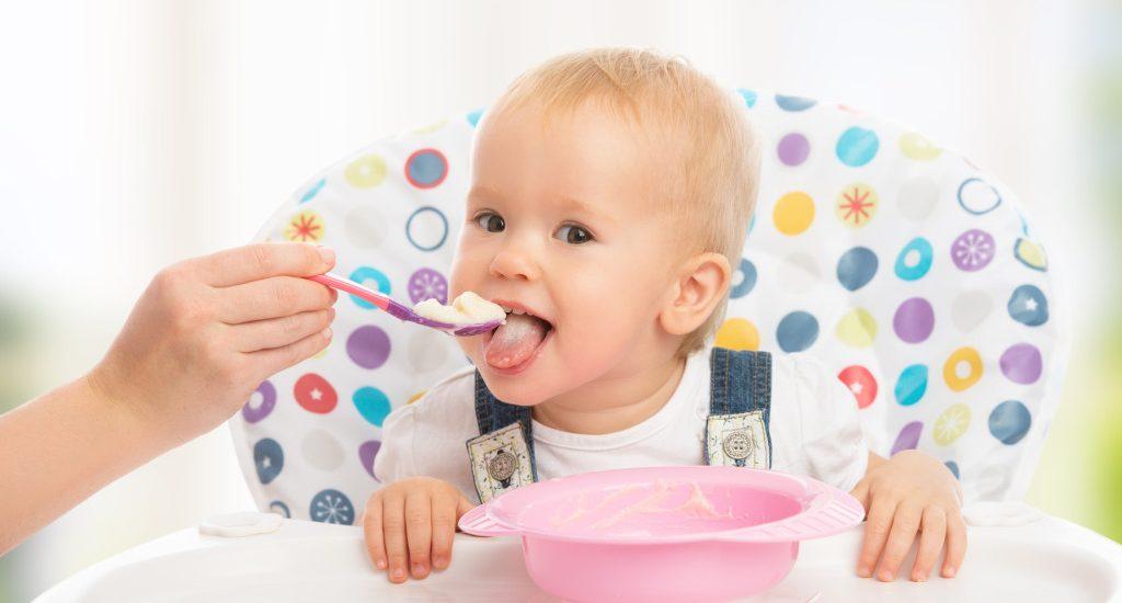 kleik ryżowy w diecie dziecka