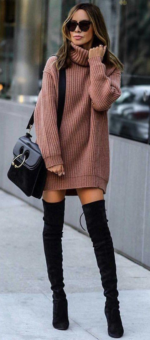 sweter oversize w roli sukienki