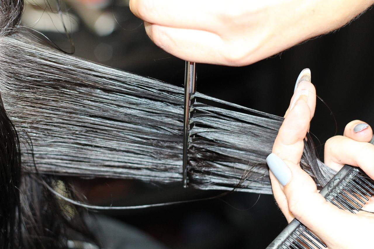 regeneracja włosów po wakacjach