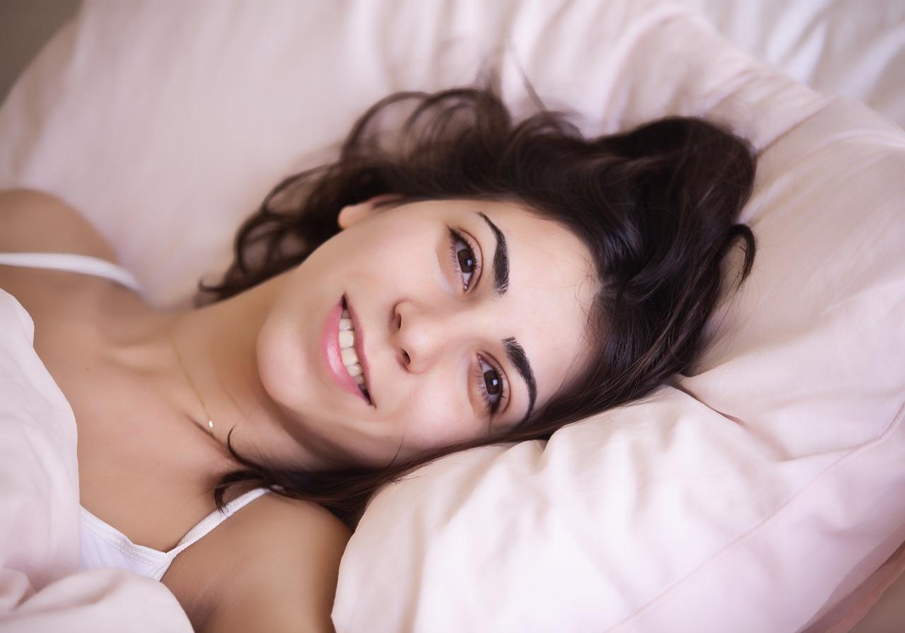 jak zasypiać