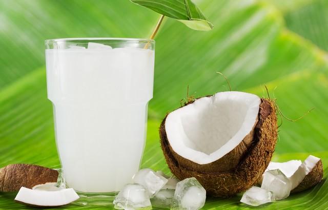 woda kokosowa korzyści