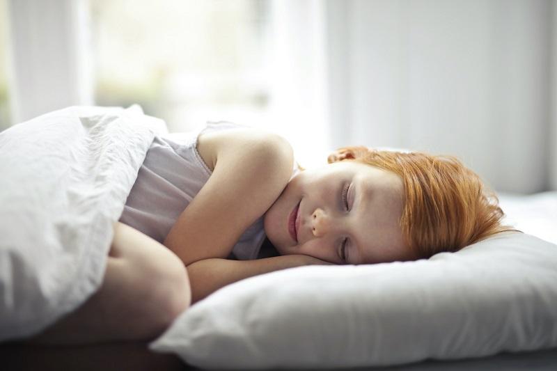 materac dla dziecka nie może być zbyt twardy