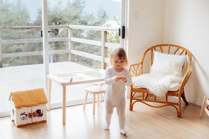 odpowiednio urządzony pokój niemowlaka zmienia się wraz z nim